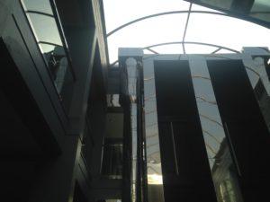 Conductos de ventilación para hall del edificio